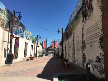Alley art, Longmont, CO | Ross and Jamie Adventure